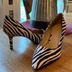 💥5/$25💥 NWOT H&M Zebra Print Heels Size 6 m